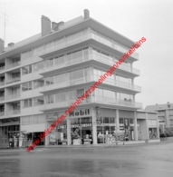 Jambes Motors Ford Garage In Juli 1966 - Photo 15x15cm - Mobil - Automobiles