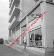 Jambes Motors Ford Garage In Juli 1966 - Photo 15x15cm - Automobiles