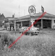 Ford Garage Pierre Vermeulen In Juli 1966 - Photo 15x15cm - Caltex Energie Boron - Automobiles