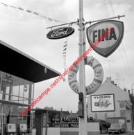 Hal-Motor Ford Garage In Juli 1966 - Photo 15x15cm - Fina - Automobiles