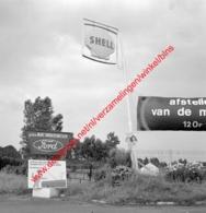 Ford Garage Marc Vandersmissen In Juli 1966 - Photo 15x15cm - Shell - Automobiles