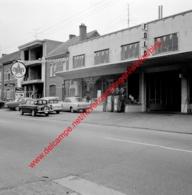 Ford Garage In Juli 1966 - Photo 15x15cm - Caltex Energie Boron - Automobiles