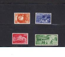 Russie. 1935. Yvert 551 / 554 * TB Avec Charnière. Inauguration Du Métro De Moscou. (2011t) - Unused Stamps