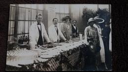 CPA PHOTO HOULGATE CALVADOS BAR DU CASINO GALA 1922 ANIMATION GROS PLAN BUFFET ELEGANTES - Houlgate