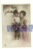 Photographie Montage Jeune Femme Et Enfant, Roses, Colombes, Enveloppe. 1919 - Illustrateurs & Photographes