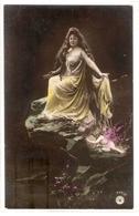 FAN 011  OLD POSTCARD , FEMALE FANTASY , ANGELS , ELFQUEST ,GNOMES - Femmes