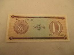 Billet De 5 Pesos De Cuba  Tamponné Inutilisable ?? Pli Central - Bon état - Cuba