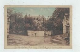 """Mur-de-Bretagne (22) : La Villa Bourgeoise """"Marie Thérèse"""" Prise Du Croisement Env 1930 PF. - Frankreich"""