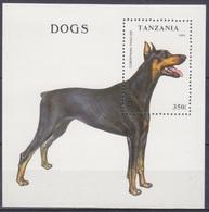 1993Tanzania1606/B227Dogs - Dogs