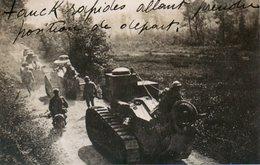 Guerre 14 18 : Chars Légers Renault FT17 Montant En Ligne - Guerre 1914-18
