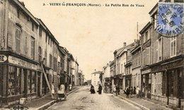 51  VITRY LE FRANCOIS  FAMILISTERE  PETITE RUE DE VAUX - Vitry-le-François