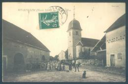 70 BONBOILLON  Eglise Et Rue - Francia
