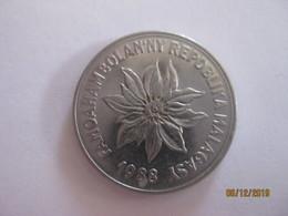 Madagascar: 5 Francs 1988 - Madagascar
