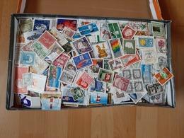 Deutschland -  2 Kilo - Papierfreie Marken - Lots & Kiloware (min. 1000 Stück)