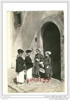 CPM.Pays Basque.St Palais.groupe Jarraiki.départ Pour Le Marché.ed Artaud Num38 - Trachten & Folklore