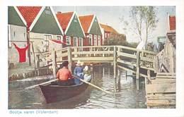 Nederland Noord-Holland  Bootje Varen In Volendam    Barry 2288 - Volendam