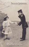 AK Treu Ist Die Soldatenliebe - Bub In Uniform Und Mädchen - Kinder - Patriotika - 1913 (45413) - Weltkrieg 1914-18