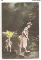 FAN 031  OLD POSTCARD , FEMALE FANTASY , ANGELS , ELFQUEST ,GNOMES - Femmes
