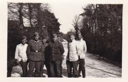 PHOTO ORIGINALE 39 / 45 WW2 WEHRMACHT FRANCE CHERBOURG MAI 1941 SOLDATS ALLEMANDS - Guerre, Militaire