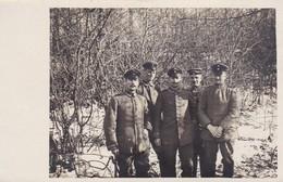 AK Foto Gruppe Deutsche Soldaten Im Winter Im Wald - 1. WK (45433) - Weltkrieg 1914-18