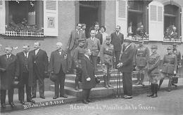 RARE CARTE PHOTO -CINQ GENERAUX à IDENTIFIER Lors De La  RECEPTION DU MINISTRE DE LA GUERRE à BITCHE (57). - War 1914-18