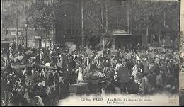 Paris Les Halles à  6 Heures    Du Matin Les Primeurs - Halles