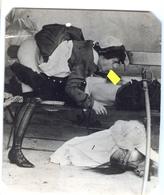 PHOTO NOIRE-BLANC EROTIQUE FEMININ NU NUDE  PORNO  REPRODUCTION D' EPOQUE  Dim.:6.90X 8,00cm VOYEZ SCAN - Belleza Feminina (1941-1960)