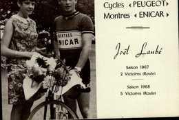 """PHOTO 10,5/13,5 CM..CYCLES """"PEUGEOT"""" MONTRES """"ENICAR"""" JOEL LAUBE SAISON 1967 2 VICTOIRES (ROUTE) - Reproductions"""