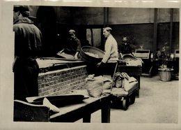 THE ROYAL MINT  DRYING ROOM   Numismática Numismatica Numismatics 20*15CM Fonds Victor FORBIN 1864-1947 - Profesiones