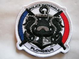 ECUSSON POLICE NATIONALE PLONGEUR ETAT EXCELLENT SUR VELCROS - Police