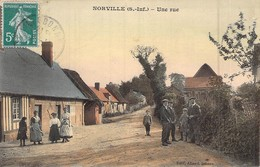 C P A 76 Seine Maritime Norville UNE RUE Carte Animée Normandie - Frankreich