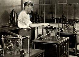 AUSTRALIE MONNAIE AUSTRALIAN MONEY  ROYAL MINT Numismática Numismatica Numismatics 20*15CM Fonds Victor FORBIN 1864-1947 - Profesiones