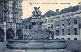 Oudenaarde - Audenarde - Grand'Place - La Fontaine Royale (Banque De Courtrai) - Oudenaarde