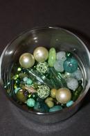 Beau Lot De 90gr Perles à Diminante Coloris Vert (verre, Céramique, Synthétique) - Perles
