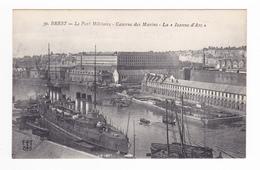 29 Brest N°50 Le Port Militaire Caserne Des Marins La Jeanne D'Arc VOIR DOS - Brest