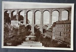 CPA 29 MORLAIX - Place Thiers Et Le Viaduc - Panneau Publicité Crème Eclipse - Edit CIM - Réf. V 129 - Morlaix