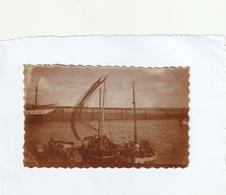 Photo 107 Mm X 65 Mm  - Douarnenez 29 - Le Port Et Bateaux - Années 40 -Scan R/V - Places
