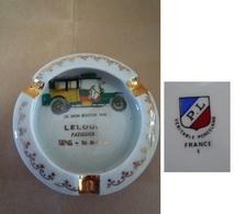 Cendrier LE LOUP Pâtissier à SENS (Yonne 89) - Porcellana