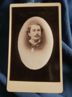 Photo CDV  Sans Mention Photographe  Portrait Homme (Médecin Ami De J. Darlan Nérac 21/7/1879)  - L241D - Photographs