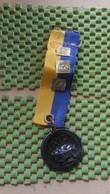 Medaille :Netherlands  -  A.V.O Oudenbosch Met 2-3-4.  / Vintage Medal - Walking Association - Nederland