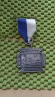 Medaille :Netherlands  -  A.W.K Lentertocht 1969 - Nijverdal - Raadhuis  / Vintage Medal - Walking Association - Nederland