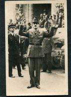 CPA - LIBERATION DE PARIS - Le Général De Gaulle Place De L'Etoile - Guerre 1939-45