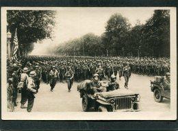 CPA - LIBERATION DE PARIS - L'Infanterie Américaine Défile Aux Champs Elysées, Très Animé - Weltkrieg 1939-45
