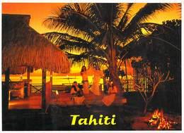 Polynésie Française-TAHITI Musique Et Danse Au Soleil Couchant  (2)(vahinés) (photoTeva Sylvain Tahiti 1040)@*PRIX  FIXE - Polynésie Française