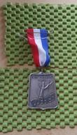 Medaille :Netherlands  -   Sint Nicolaas Mars  / Vintage Medal - Walking Association - Nederland