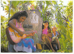 Polynésie Française-Sur La Tombe De JACQUES BREL (1)  Baie De Atuona Hiva Oa  îles Marquises  TEVA SYLVAIN 794 Tahiti  @ - Polynésie Française
