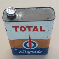 Total Altigrade Bidon D'Huile Ancien En Tole - Cars