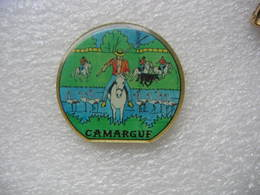 Pin's De La CAMARGUE - Cities