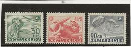 POLOGNE - N° 675 A 677 NEUF INFIME CHARNIERE -  ANNEE 1952 - 1944-.... République