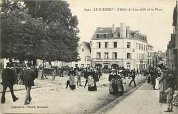- Morbihan -ref-D768- Le Faouët - Hotel Du Lion D Or Et Place - Carte Bon Etat - - Le Faouet